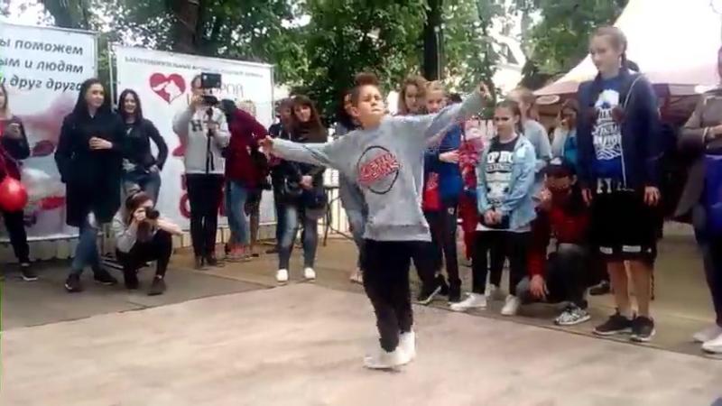 Щербакова Валерия (win ) vs Иван Булохов | FINAL HIP HOP KIDS BATTLE | HAPPY CAT FESTIVAL 2017