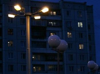 В Никольско-Архангельском районе на улице Калинина обновили освещение дворов