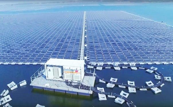 Крупнейшая в мире плавучая солнечная электростанция заработала в Китае