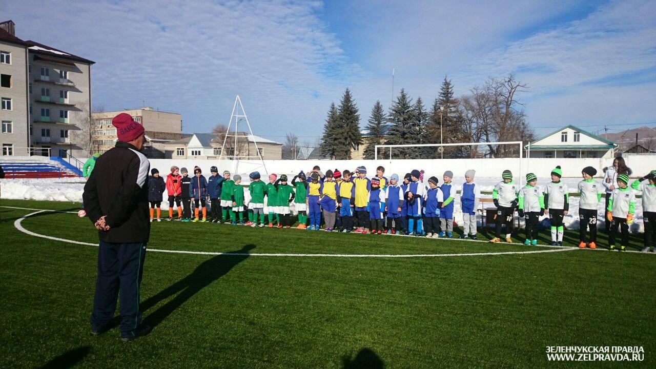 В Зеленчукском районе прошел межрегиональный турнир по футболу «Архыз 2017»