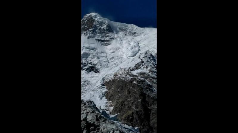 Безенгийская стена и ледник Мижирги. Переправа и лавина.
