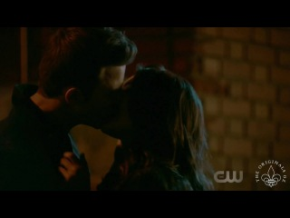 The Originals 4x11 Kol & Davina leave town together + Kiss