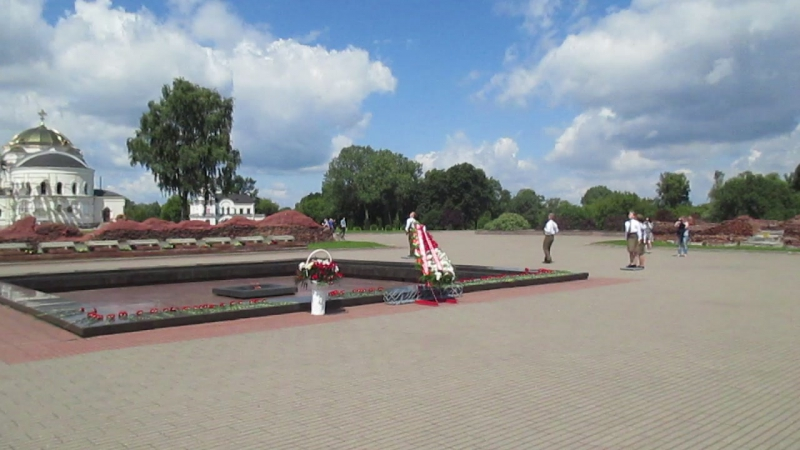 Брестская крепость - смена караула