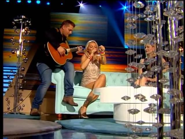 Jelena Rozga i Goca Trzan uzivo sa Markom (Oliver Twist Bend) u Vip Room u