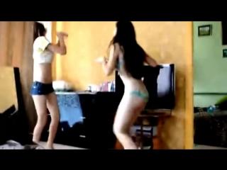 Взаимная мастурбация русских девушек в порно чате