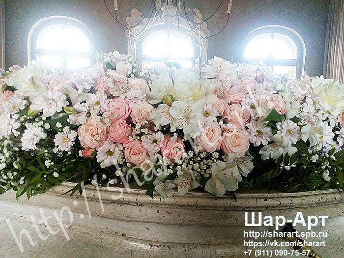 «Bellini» ресторан  и банкетный зал фото  украшения шарами и цветами