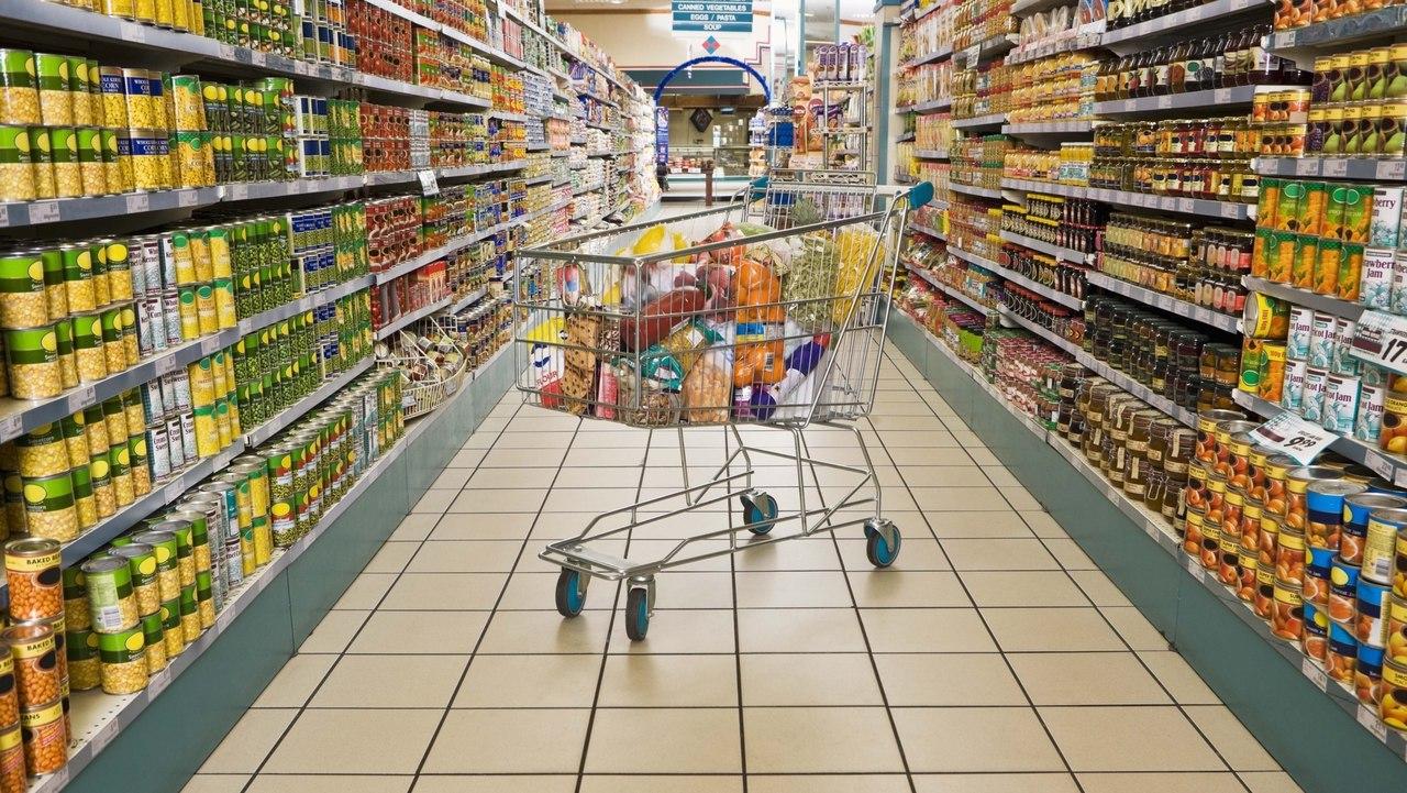 70-летняя уборщица супермаркета получила производственную травму во время работы