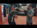 Техника удара снизу (апперкот)_ тренировка на лапах в Боксе от Андрея Басынина