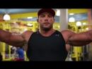 Nick Trigili Trains Biceps and Triceps