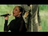 Sade - Kiss of Life (Live 2011).mp4