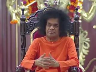 Видео Sathya Sai Baba. Durge Durge Durge Jai Jai Maa Amba Durge Durge Durge Sai Maa Karuna Sagari Maa Kali Kapalini Maa Jagadoda