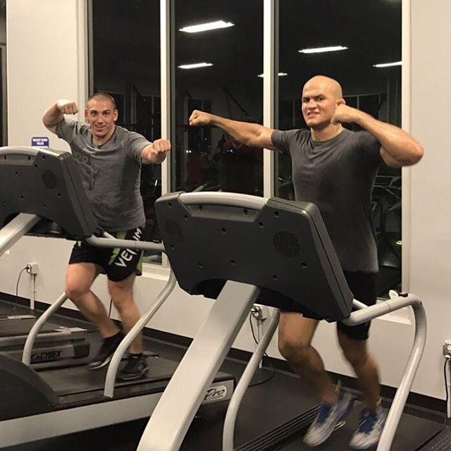 Дмитрий Сосновский и Джуниор Дос Сантос