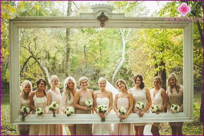 kvw6o1s7zmQ - Модные тенденции в оформлении фотозоны на свадьбе в сезоне 2017 (30 фото)