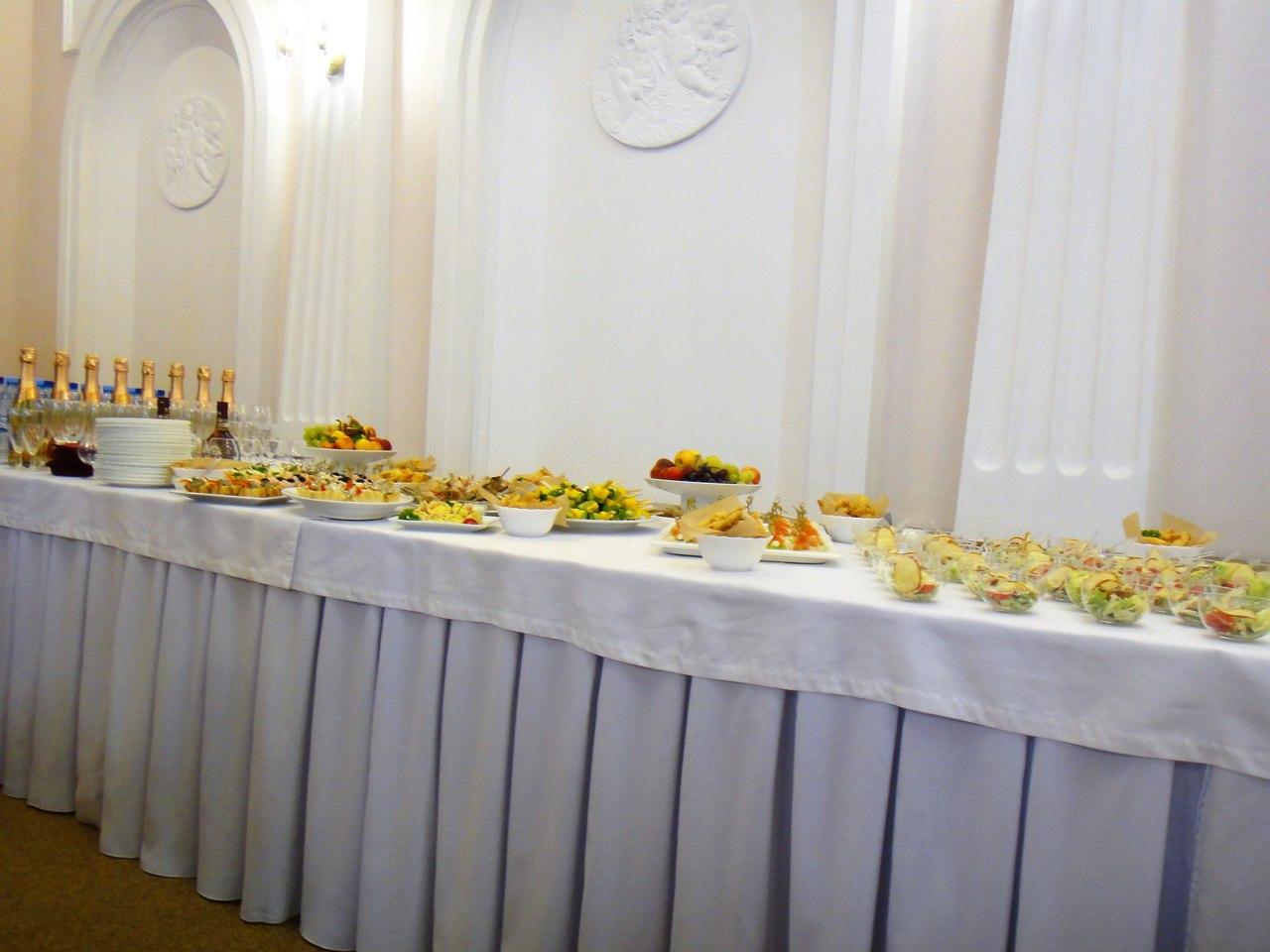 фуршетный стол ДК награждение ветеранов АЦБК