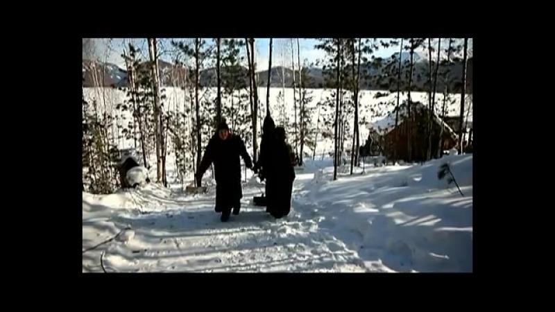 Монахи отшельники.