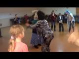 Танец Слякоти и Бабы Яги с детьми