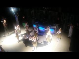 """4 этап Флешмоб-Всероссийский проект """"Самая танцевальная школа"""" -Мои любимые 1э+9л!"""