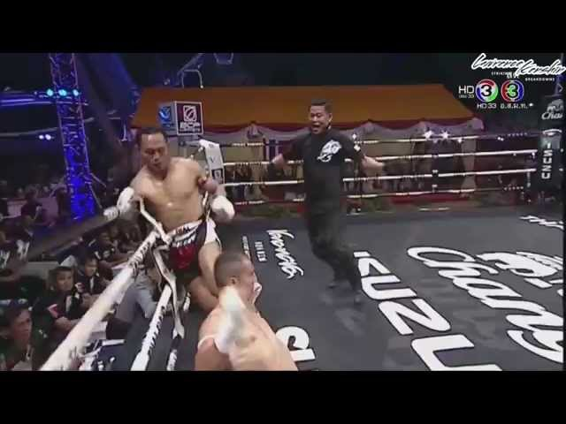 Saenchai's Epic Flying Scissor-Kick Knockout