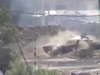 Сирия-выстрел из танка.