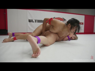 Mia Li & Charlotte Cross (Fucked hard her asshole Gaping / 21.12.2016) [Submission, Wrestling, Lesbo, Anal, Strap-on] [720p]