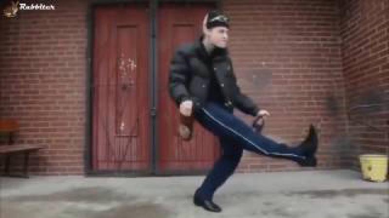 Колян / Колян танцует лучше всех. Euro feat Singletown. Компиляция прикольных танцев под х ...