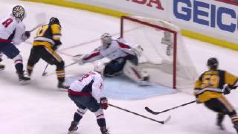 NHL doesn't want you to see - 8 Ovechkin's direct swing at Crosbys head -- crosby crosscheck no!