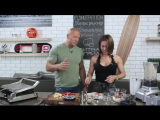 Супер женщина Gal Gadot и ее правила питания. Рецепт спортивного торта от гостьи.
