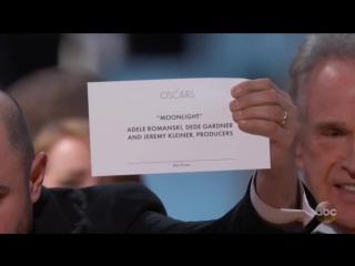 Картина «Лунный свет» удостоилась главной награды киноакадемии США «Оскар» в категории «Лучший фильм года»
