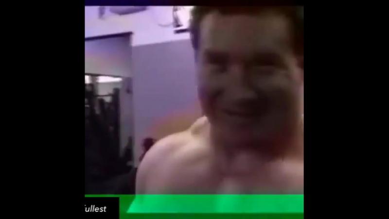 Эд Коэн - тяга 409,5 кг (100 кг)
