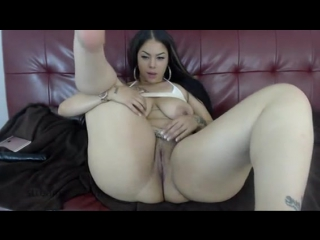 web cam curvy booty