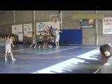 15 летний баскетболист с ростом 2м 29см не замечает соперников. Беспроигрышный вар...