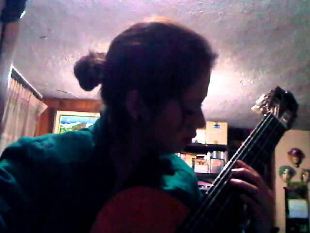 The grandfather´s tobacco pipe drag - played by Nataly Osorio.