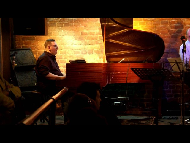 Victoria Urusova Band - Down The River Stream   JFC Jazz Club (СПб)   May-09-2012