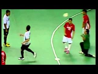 Falcao Amazing Futsal Goal Spinning Backheel Lob Free Kick 18/12/2012