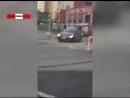 Бухой голый мужик жидко обделался в центре столицы. Real video