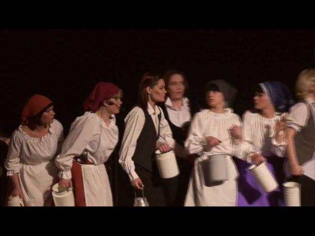 2012 мюзикл Элизабет Молоко