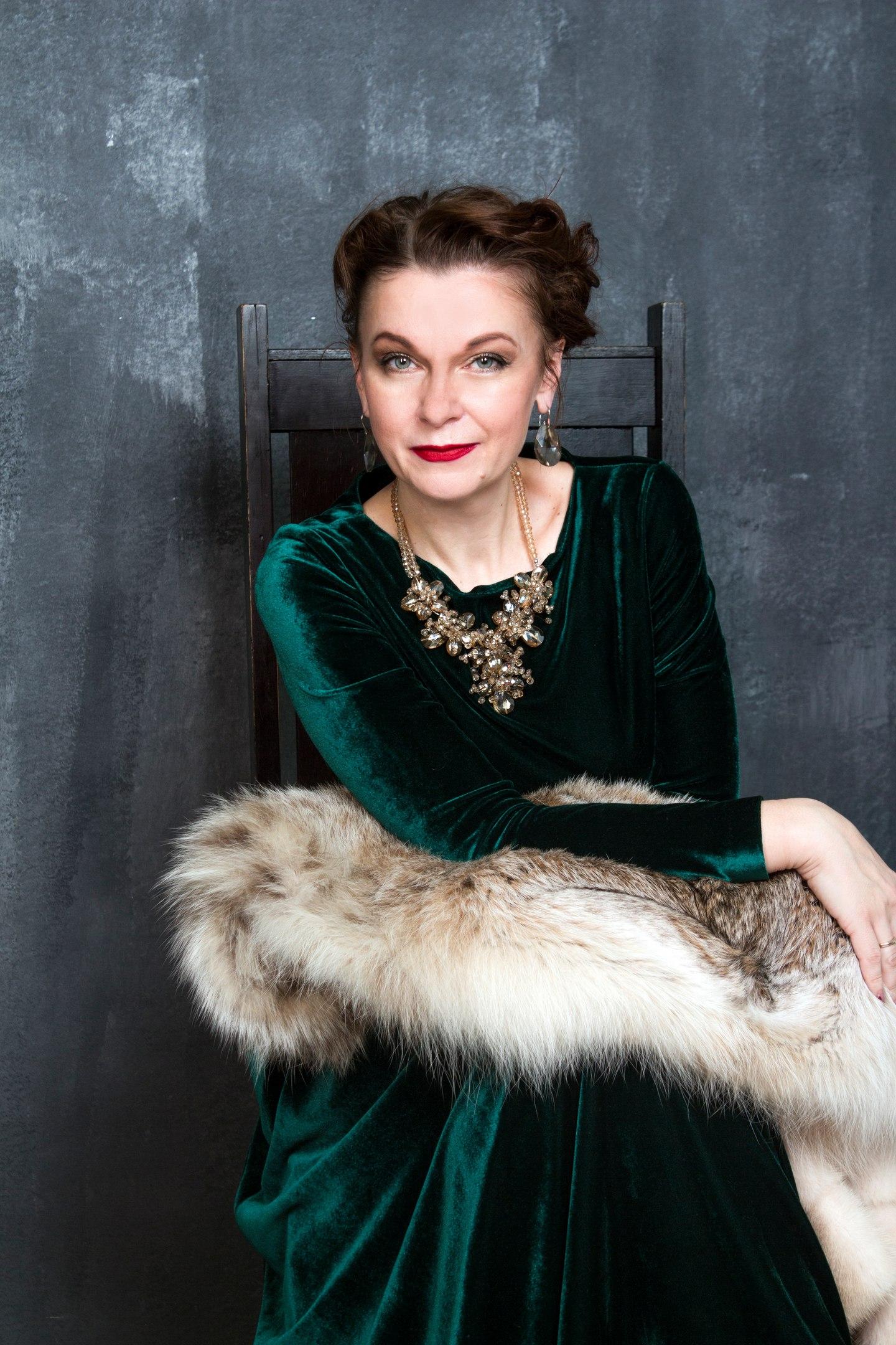 Фото: Ярослава Снежина, Стилист-визажист: Анастасия Данилова Платье: To be bride