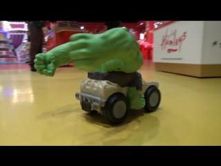 Макс в Дубаи День#8 едем в магазин игрушек и летать в iFly Dubai interteinment  toy store