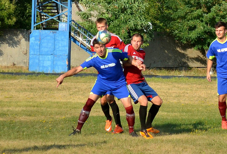 чемпионат ЛНР по футболу