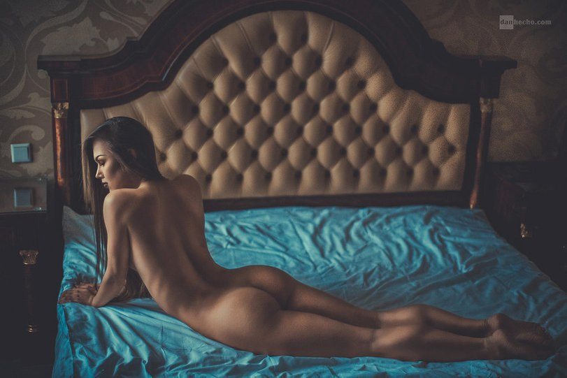 Pictures of not blurd naked girls