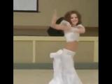 Девочка. Танец. Споры.
