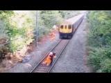Спас от поезда пьяного в последний момент