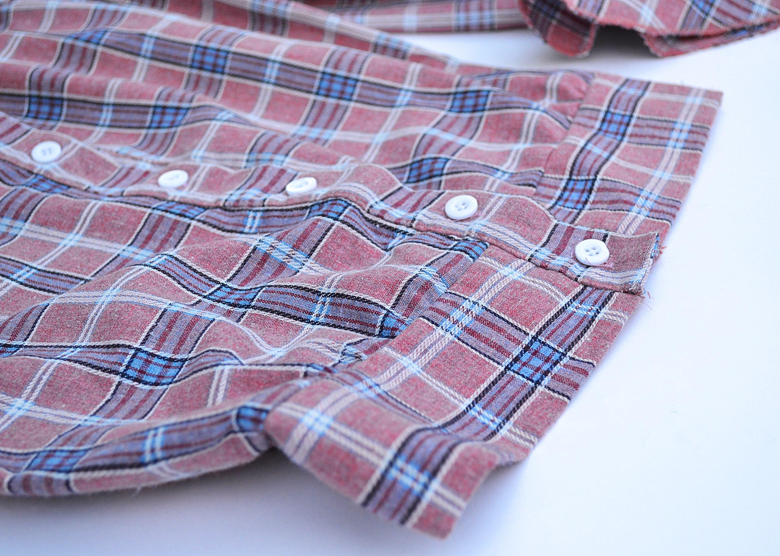 Блузка в клетку с очень интересными рукавами