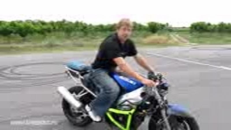 Kak_xkstrenno_tormozit_na_motocikle