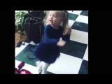 Дочка Аллы Пугачевой Лиза Галкина - маленькая королева