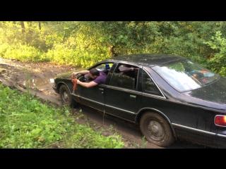 Вандам покоряет грушинские грязи