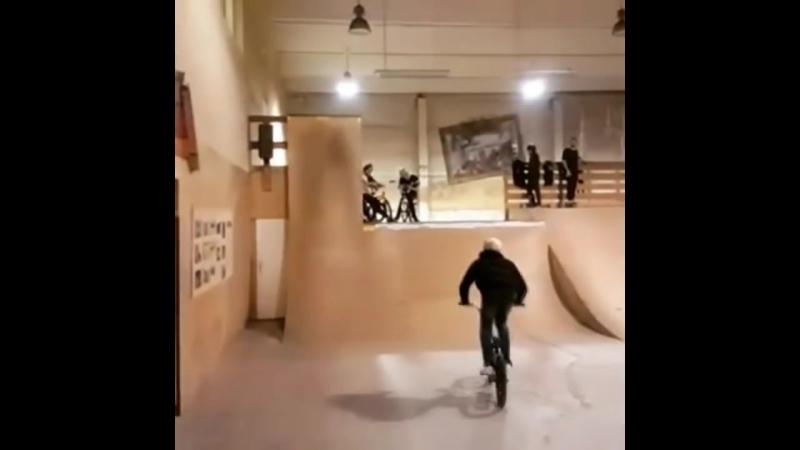 Жорсткі BMX фейли та падіння...