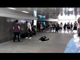 Яша Мулерман концерт в подземном переходе Арбата ) part 1