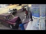 man-pin-wall-vehicle-saudi-arabia