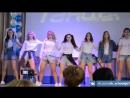 Танец школьниц на последний звонок
